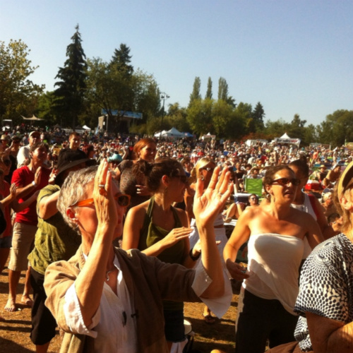 Amadou & Mireille at the 2012 Burnaby Blues + Roots Festival.