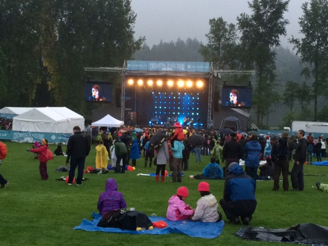 Dancing in the Rain at the 2014 CBC Music Festival in this Edition of Monday Moving & Grooving